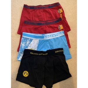 NWOT bundle of 4 boxers